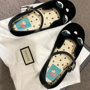 Gucci shoes, in size 24 black